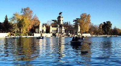 Photo of Harbor / Marina Embarcadero del Retiro at Parque Del Retiro, Madrid 28009, Spain