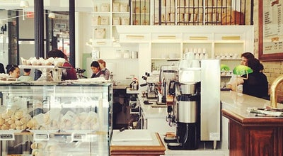 Photo of Cafe Dineen Coffee at 140 Yonge St, Toronto, ON M5C 1X6, Canada