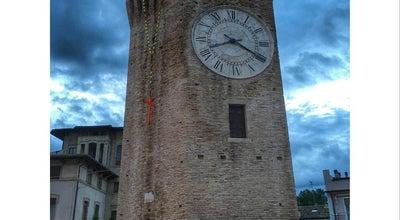 Photo of Historic Site Torre dei Gualtieri at Piazza G. Sacconi, San Benedetto Del Tronto, Italy