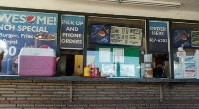 Photo of Burger Joint Win's at 310 N A St, Oxnard, CA 93030, United States