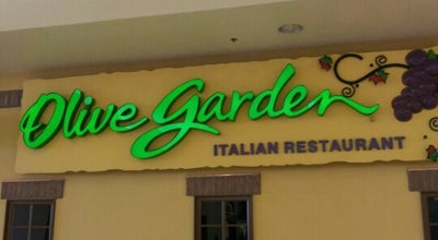 Photo of Italian Restaurant Olive Garden at 800 E Dimond Blvd, Anchorage, AK 99515, United States