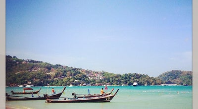 Photo of Beach หาดป่าตอง (Patong Beach) at Taweewong Rd, Kathu 83150, Thailand