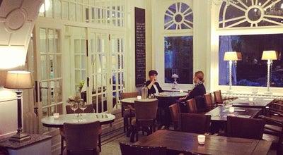 Photo of Cafe 't Groote Huys at Karel Janssenslaan 10, Oostende, Flanders, Belgium