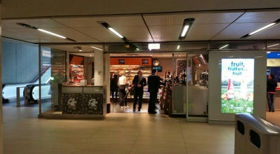 Photo of Convenience Store Kiosk at Station Amsterdam Centraal, Amsterdam, Netherlands