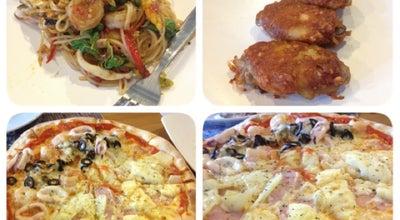 Photo of Pizza Place อบไออุ่น พิซซ่า at 6 Soi Sri Dan, Srinakarin Rd., Bangkok, Thailand