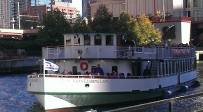 Photo of Boat or Ferry Chicago Architecture Foundation River Cruise at 112 E Wacker Dr, Chicago, IL 60601, United States