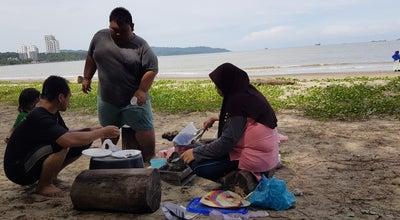 Photo of Beach Tanjung Lipat at Jalan Pantai Likas, Likas 88450, Malaysia