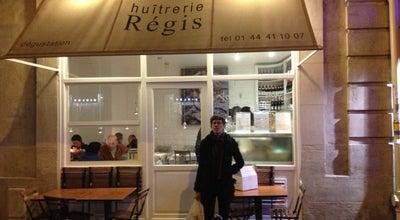 Photo of Seafood Restaurant Huîtrerie Régis at 3 Rue De Montfaucon, Paris 75006, France