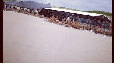 Photo of Beach Bar Strandpaviljoen De Staat at Zuiderstrand 4, Den Haag 2583 ZZ, Netherlands