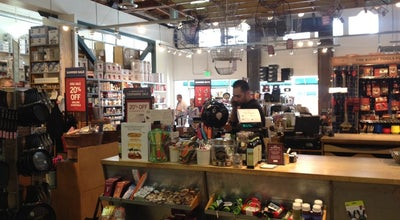 Photo of Gourmet Shop Sur La Table at 301 Wilshire Blvd, Santa Monica, CA 90401, United States