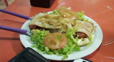 Photo of Burger Joint Comemania at Av. Calama, 5945- Aponiã, Porto Velho 78908-010, Brazil