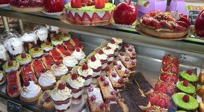 Photo of Bakery Au Pain de la Ferme at 9 Rue Royale, Versailles 78000, France