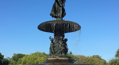 Photo of Outdoor Sculpture Angel of the Waters at NY, United States
