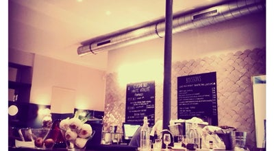 Photo of Vegetarian / Vegan Restaurant Café Pinson at 58 Rue Du Faubourg Poissonnière, Paris 75010, France