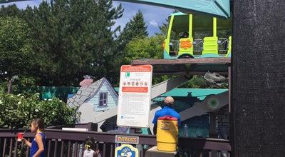 Photo of Theme Park Mystery Machine at Camp Cartoon, Gurnee, IL 60031, United States