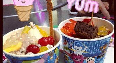 Photo of Frozen Yogurt Menchie's Frozen Yogurt at 2315 Cambie St, Vancouver, BC V5Z 2T9, Canada