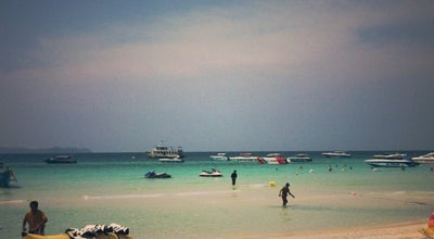 Photo of Beach Tien Beach - KOH LARN ISLAND at Thailand