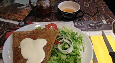 Photo of French Restaurant Le Vieux Beffroi at Rue Du Chapeau De Violettes, Amiens 80000, France