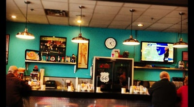 Photo of Diner Gus' Diner at 2160 Plum Grove Rd, Rolling Meadows, IL 60008, United States