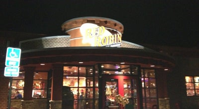 Photo of Burger Joint Red Robin Gourmet Burgers at 2031 Bronze Star Dr, Woodland, CA 95776, United States