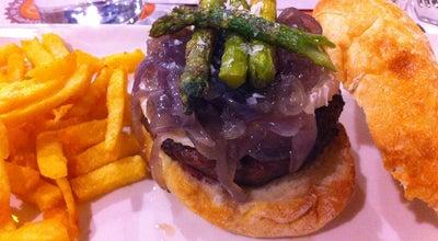 Photo of Burger Joint Mediterránea de Hamburguesas at C. Sant Ferran, 22, Valencia 46001, Spain