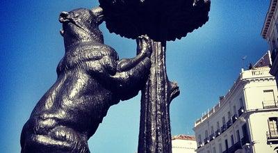 Photo of Monument / Landmark Estatua del Oso y el Madroño at Pl. De La Puerta Del Sol, Madrid 28013, Spain