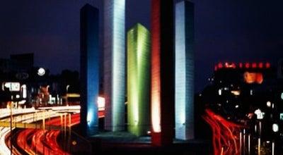 Photo of Monument / Landmark Torres de Satélite at Blvd. Manuel Ávila Camacho (periférico), Naucalpan, Mexico