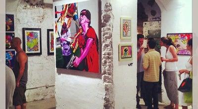 Photo of Art Gallery Base Elements at C. Del Palau, 6, Barcelona 08002, Spain