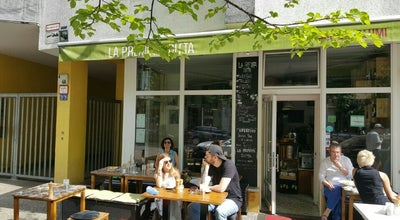 Photo of Italian Restaurant La Premiata Ditta Bar E Salumeria at Weinbergsweg 4, Berlin 10119, Germany