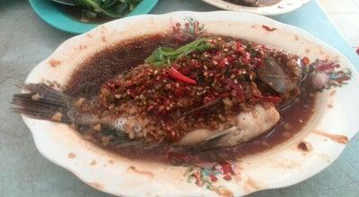 Photo of Chinese Restaurant Restaurant Lan Je (兰姐清蒸非洲鱼) - Rawang at No 27-28, Block C, Jalan Rawang, Rawang 48000, Malaysia