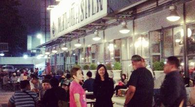 Photo of Night Market ตลาดนัดรถไฟ รัชดา (Train Night Market Ratchada) at Ratchadaphisek Rd, Din Daeng 10400, Thailand