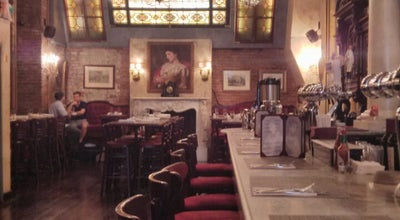 Photo of American Restaurant Lillie's at 13 E 17th Street, New York, NY 10003, United States
