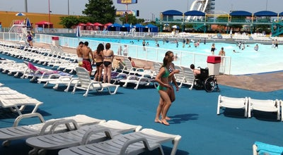 Photo of Water Park The Wave Pool at Arlington, TX, United States