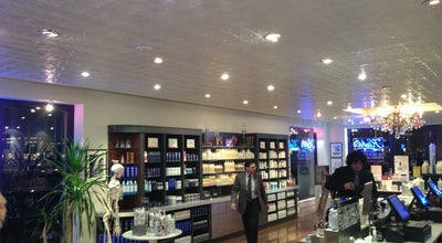 Photo of Cosmetics Shop Kiehl's at 4076 Westheimer Rd, Houston, TX 77027, United States