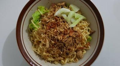 Photo of Ramen / Noodle House Pangsit Mie Ayam Jakarta at Jl Veteran, Blitar, Indonesia