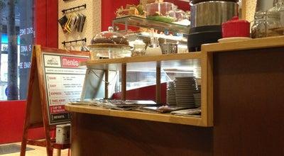 Photo of Cafe El Cafè de les Antípodes at C. Francesc Layret, 113, Badalona 08911, Spain