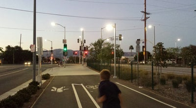 Photo of Trail Orange Line Bikeway at Metro Orange Line Busway, SW San Fernando Valley, CA, United States