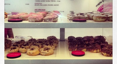 Photo of Donut Shop Jelly Modern Doughnuts at 376 College St, Toronto, On M5T 1S6, Canada