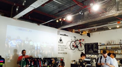 Photo of Coffee Shop Peloton & Co at 4 Market St, Spitalfields E1 6DT, United Kingdom