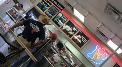 Photo of Ice Cream Shop Braum's Ice Cream & Dairy Stores at 1505 S Main St, Weatherford, TX 76086, United States
