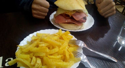 Photo of Burger Joint Burguer Isla Gorgona at C/ Conde Guillén, 15, León 24004, Spain