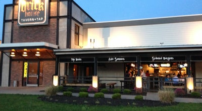 Photo of American Restaurant Brick House Tavern + Tap at 871 S Hurstbourne Pkwy, Louisville, KY 40222, United States