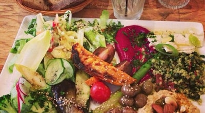 Photo of Vegetarian / Vegan Restaurant Soya Cantine Bio at 20 Rue De La Pierre Levée, Paris 75011, France