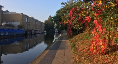 Photo of Trail Regent's Canal Towpath (St Pancras) at United Kingdom