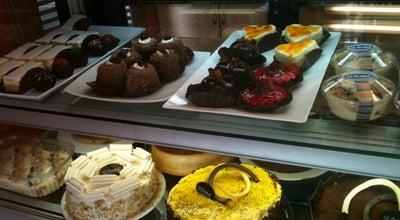 Photo of Bakery Reposteria El Portal at Calle 49 Sur 43a 90, Envigado, Colombia