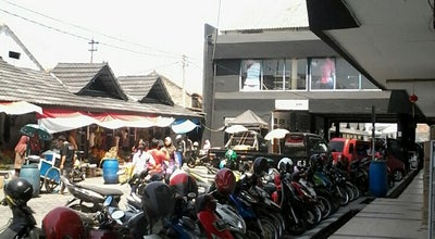Photo of Food Truck Pasar Jumat at Jln. Jend.sudirman, Purwakarta, Indonesia