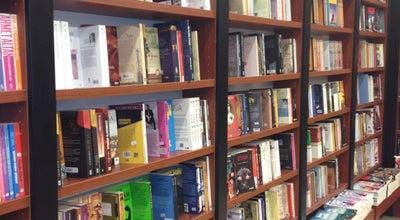 Photo of Bookstore D & R at E-5 Karayolu Üzeri No: 170/1 Beylikdüzü Migros Avm No: 110/a, Beylikdüzü 34520, Turkey