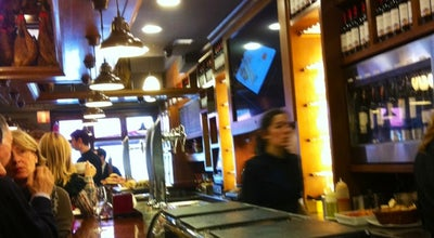 Photo of Tapas Restaurant La Viña del Ensanche at Calle De La Diputación 10, Bilbao 48008, Spain