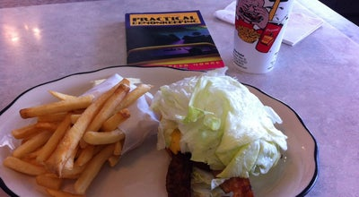 Photo of American Restaurant Yellow Basket at 2860 S Main St, Santa Ana, CA 92707, United States