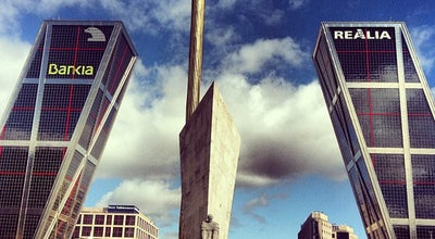 Photo of Monument / Landmark Puerta de Europa (Torres KIO) at Pl. De Castilla, Madrid 28046, Spain